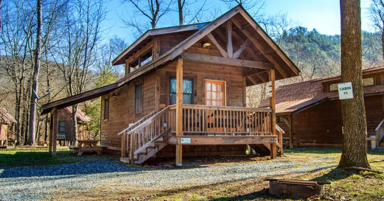 It Includes A Queen Bed And A Bunk Style Bed With Two Twin Mattresses.  Amenities Include: A Full Kitchen, Full Bath, TV, Picnic Table And Fire  Ring.